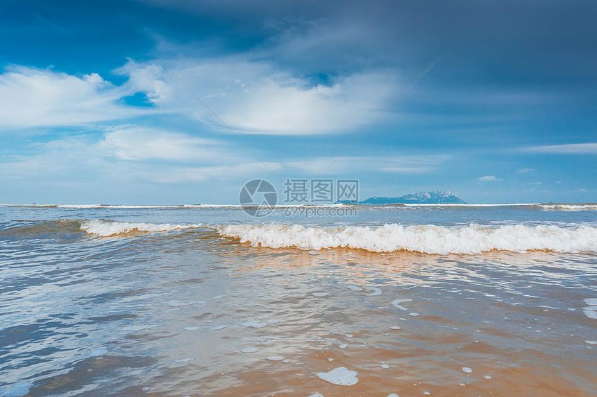 唯美图片 旅游度假 大海海边jpg  分享: qq好友 微信朋友圈 qq空间
