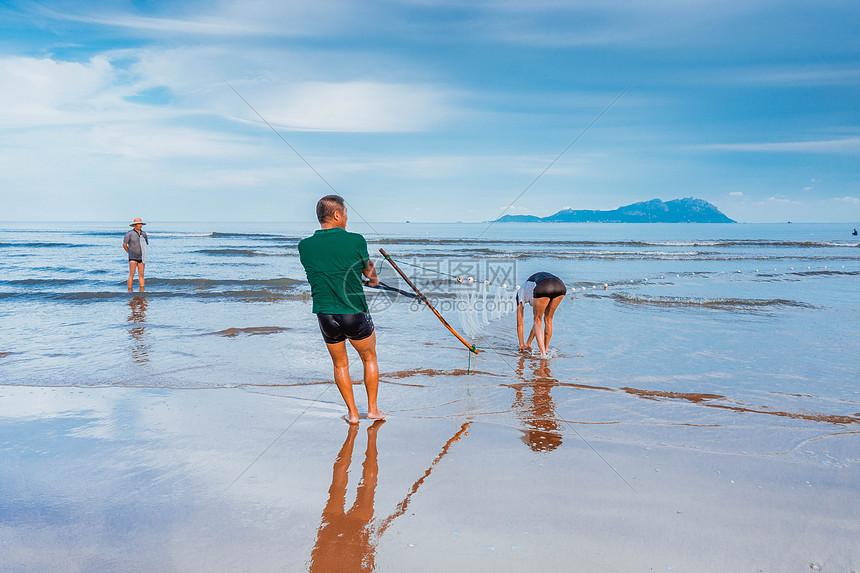 唯美图片 旅游度假 大海海边赶海jpg  分享: qq好友 微信朋友圈 qq