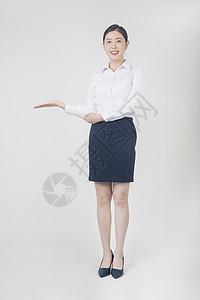 自信的职场女性图片