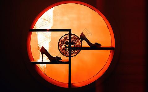 婚鞋剪影图片