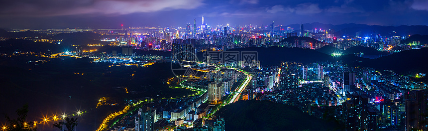 从郊区到市中心城市夜景图片