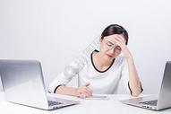 商务职业女性情绪办公图片