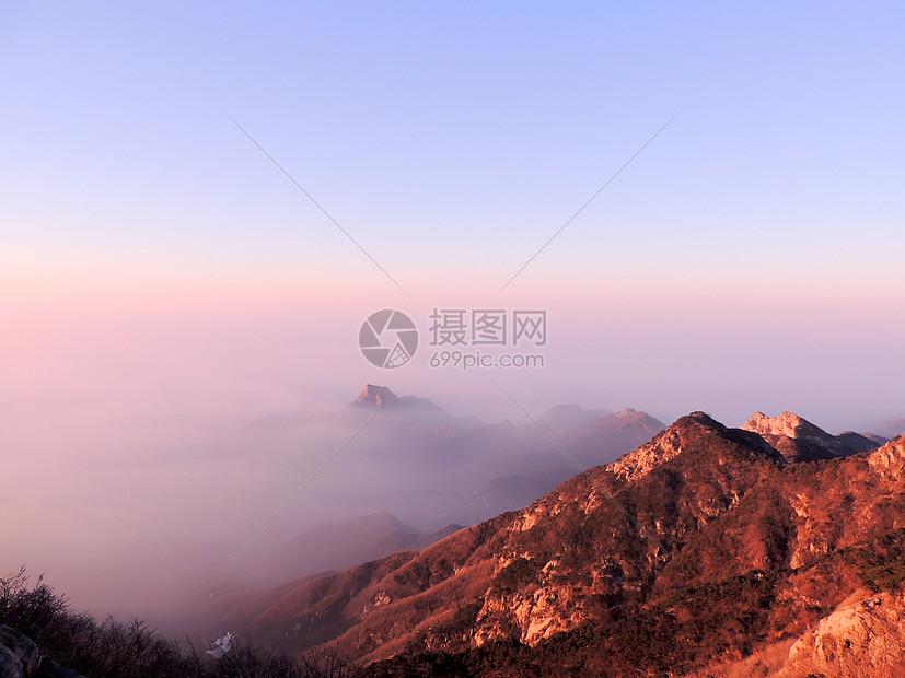 唯美图片 旅游度假 泰山山顶风景jpg  分享: qq好友 微信朋友圈 qq