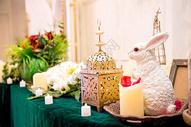婚礼现场的动物主题布置场景图片