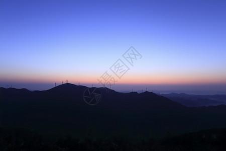 山上的日出图片