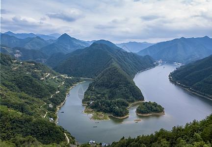 峡谷河湾图片