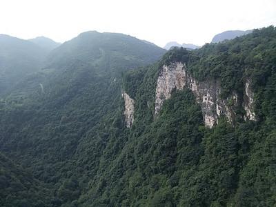 张家界峡谷风光图片