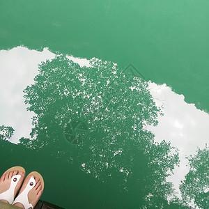 水中倒影图片