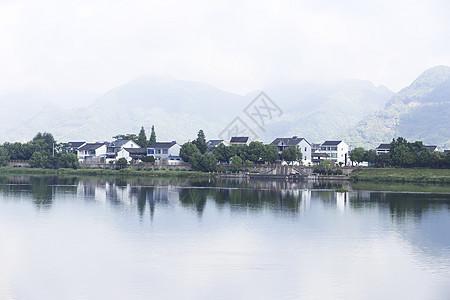 大山河流古镇图片
