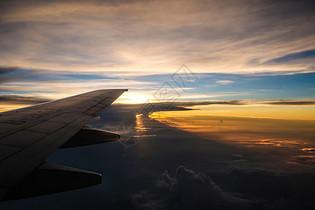 飞机上不的绝美天空图片
