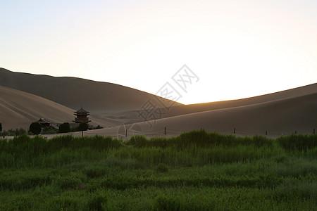 敦煌鸣沙山月牙泉风景区图片