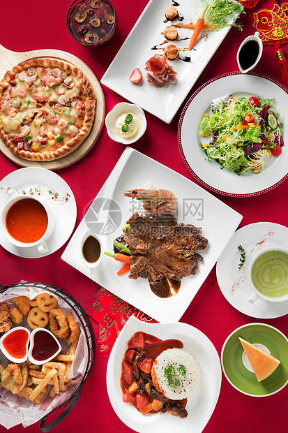 丰盛的新年西餐聚餐图片