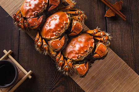 秋天肥美螃蟹图片