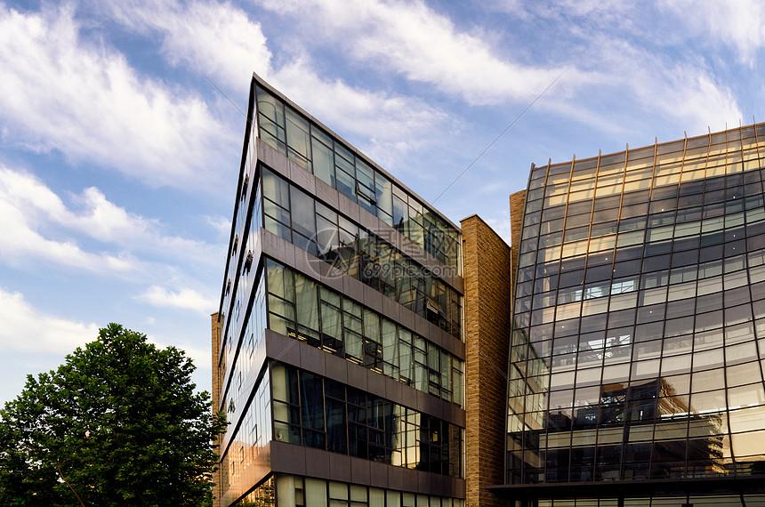办公楼外景图片