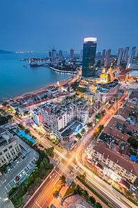 青岛闹市区的夜色图片