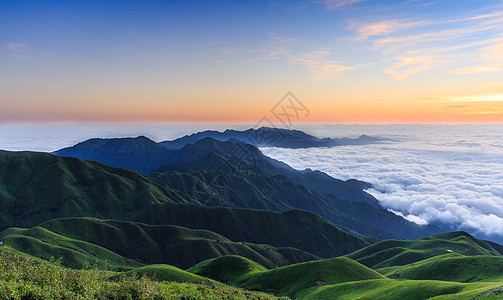 武功山云海山顶壮观的云海 图片