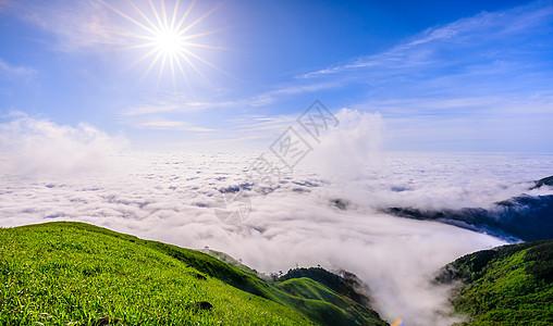 武功山山顶壮观的云海 图片