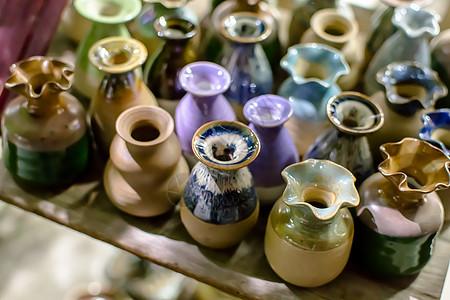 中国传统手工瓷器背景图片