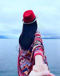 洱海边的女孩图片
