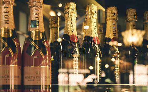 酒吧的香槟酒图片