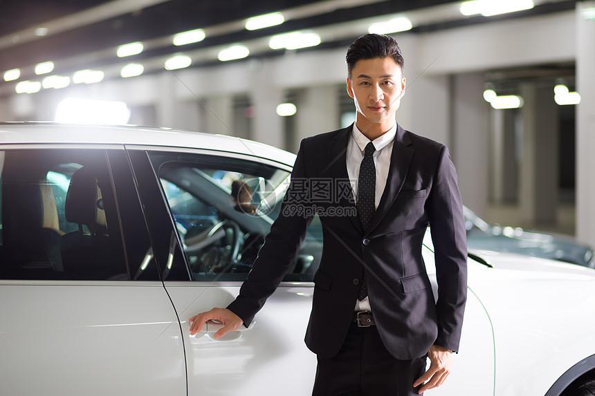 汽车贩卖商务男性图片