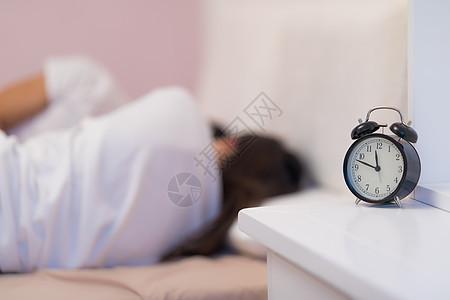 家居生活卧室睡眠图片