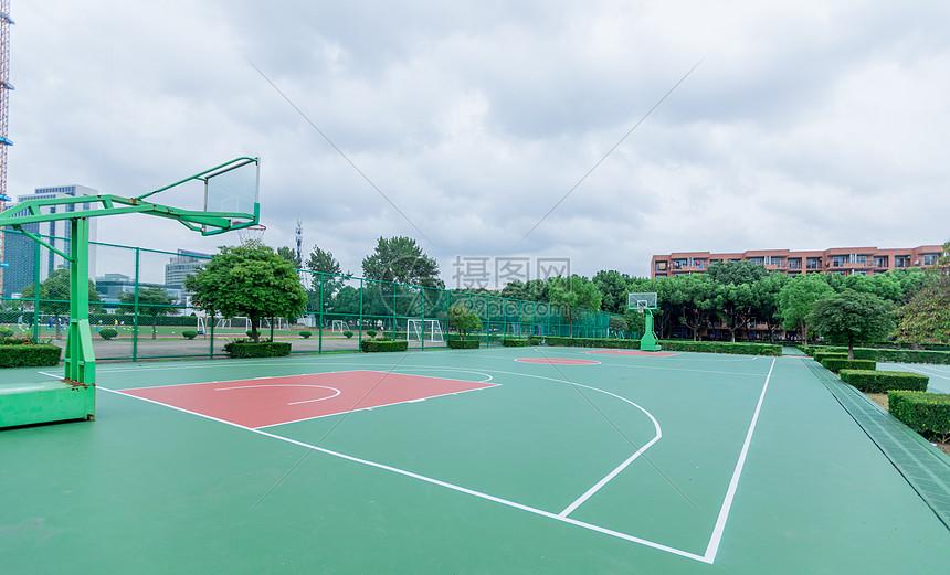 篮球场图片