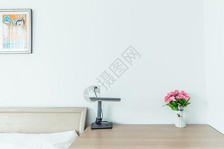 卧室桌面留白图片