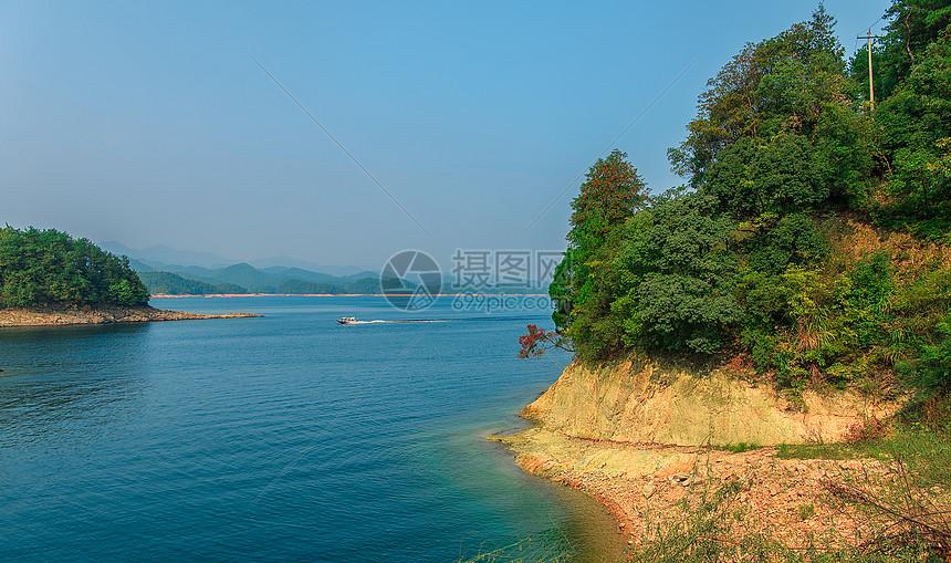 唯美图片 自然风景 千岛湖岛上风光jpg