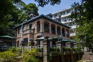 武汉武昌历史老街-昙华林内花园山牧师公寓旧址图片