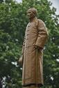 武汉辛亥革命武昌起义纪念馆前的孙中山雕像图片
