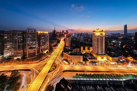 武汉黄昏立交桥车轨图片