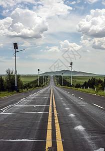 蓝天白云和道路图片