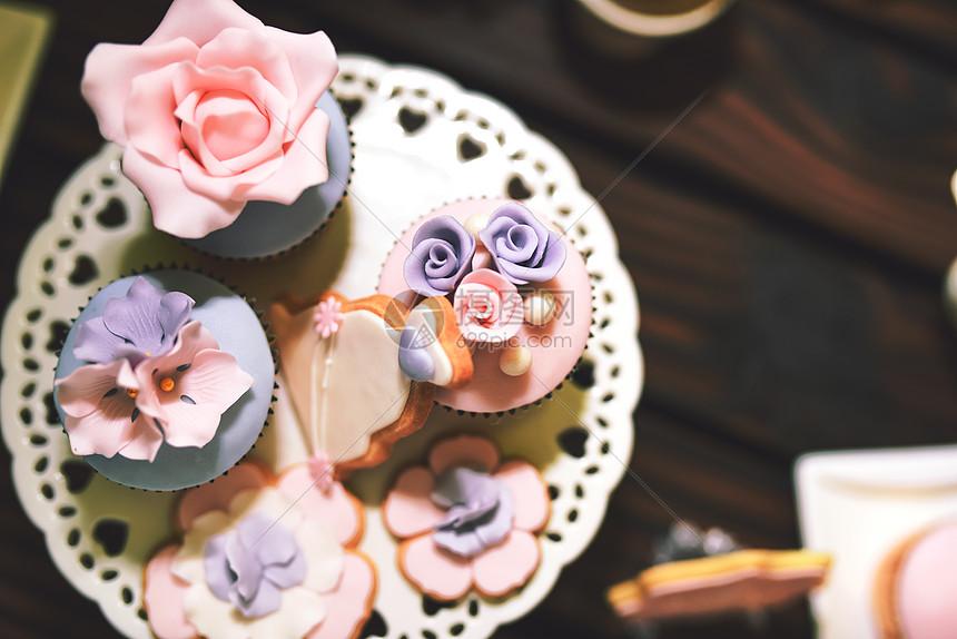 粉嫩甜品图片
