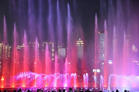 江西南昌秋水广场图片