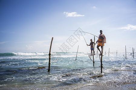 斯里兰卡加勒海边垂钓图片