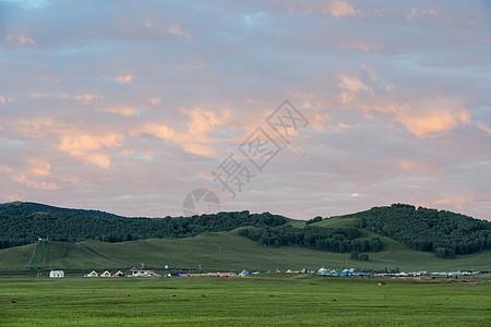 草原美丽清晨图片