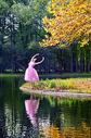 红颜美人与自然图片