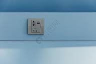 机场设施电源插座图片