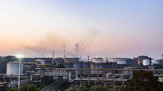 工厂晨曦图片