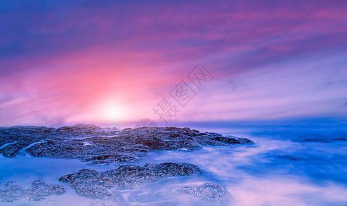 海上日出时光图片