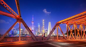 外白渡桥浦东夜景图片