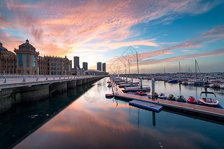 游艇码头城市建筑图片
