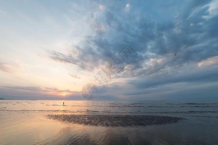 唯美的海上风光图片