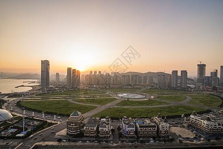 现代城市大连星海广场图片
