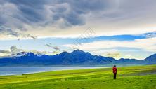 赛里木湖的风景图片