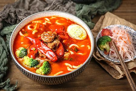 麻辣红烧番茄牛肉面图片
