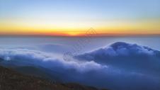 山上的朝阳图片