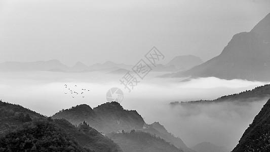 水墨效果的中国山水风光图片
