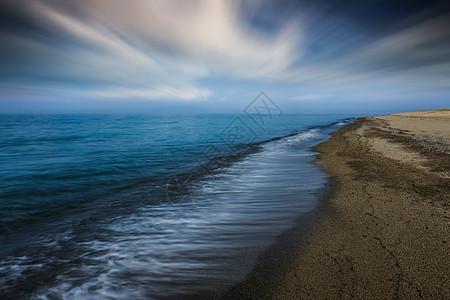 青海湖湖边图片
